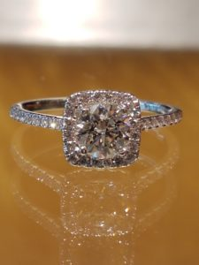 Cusion Halo Engagement Ring